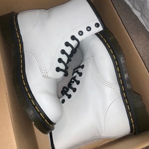 Dr Martins 1460 Smooth White